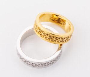 鬼滅の刃でお馴染みの麻の葉模様、亀甲模様の結婚指輪